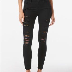 FRAME Noir Le Color Ripped Skinny Jeans